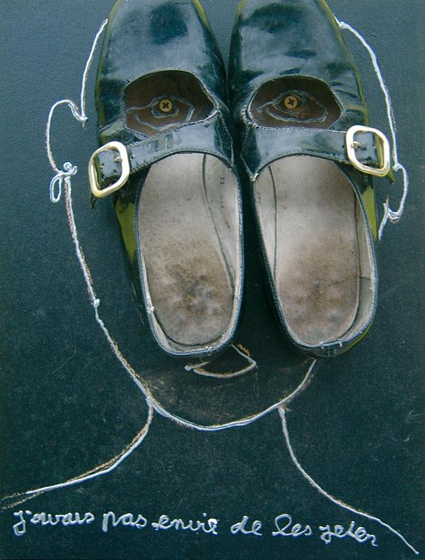 J'avais pas envie de les jeter - acrylique sur bois avec chaussures - 40 x 30 - 2005